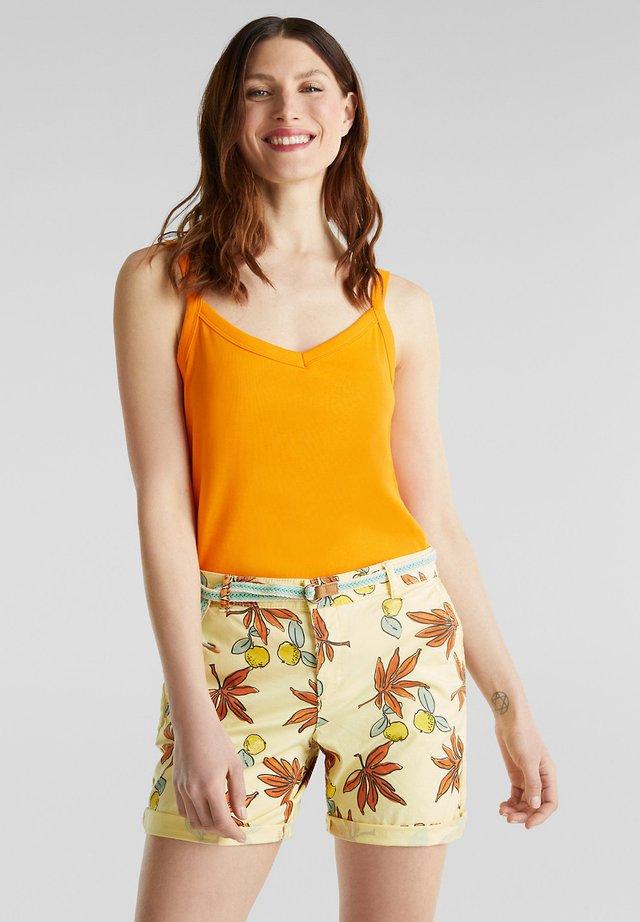 BAUMWOLL-SHORTS MIT LYCRA XTRA LIFE™ - Shorts - bright yellow