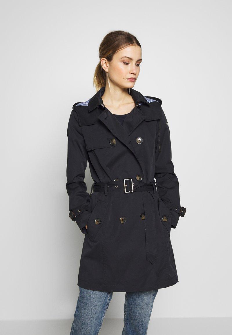 Esprit - CLASSIC - Trenchcoat - black