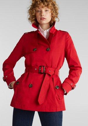 Trenchcoat - dark red