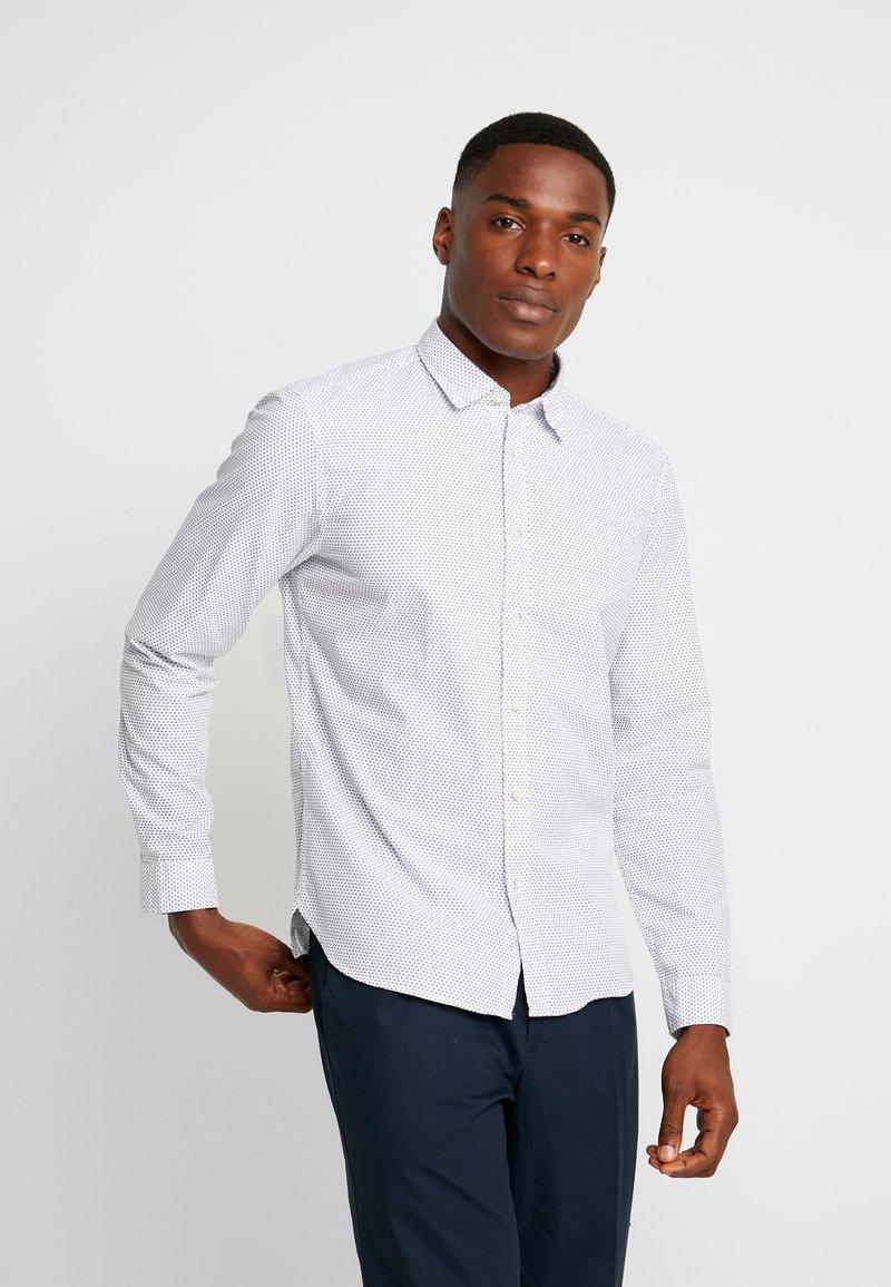 Esprit - SLIM FIT PREMIUM - Koszula - white