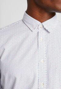 Esprit - SLIM FIT PREMIUM - Overhemd - white - 7