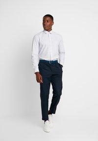 Esprit - SLIM FIT PREMIUM - Overhemd - white - 1