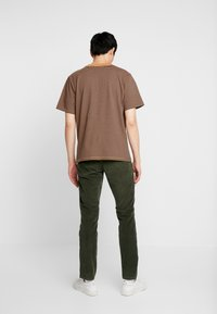Esprit - Pantalones - olive - 2