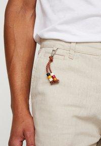 Esprit - Shorts - light beige - 3