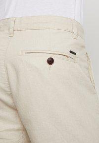 Esprit - Shorts - light beige - 5