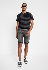 Esprit - Jeans Shorts - grey