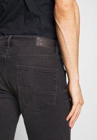 Esprit - Denim shorts - black medium wash - 4