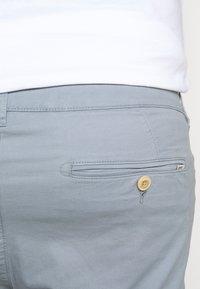 Esprit - BIG - Shorts - grey blue - 3