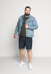 Esprit - BIG - Denim shorts - blue dark wash - 1