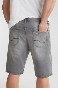 Esprit - BIG - Denim shorts - grey light washed - 7