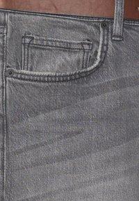 Esprit - Jeansshort - grey light wash - 2