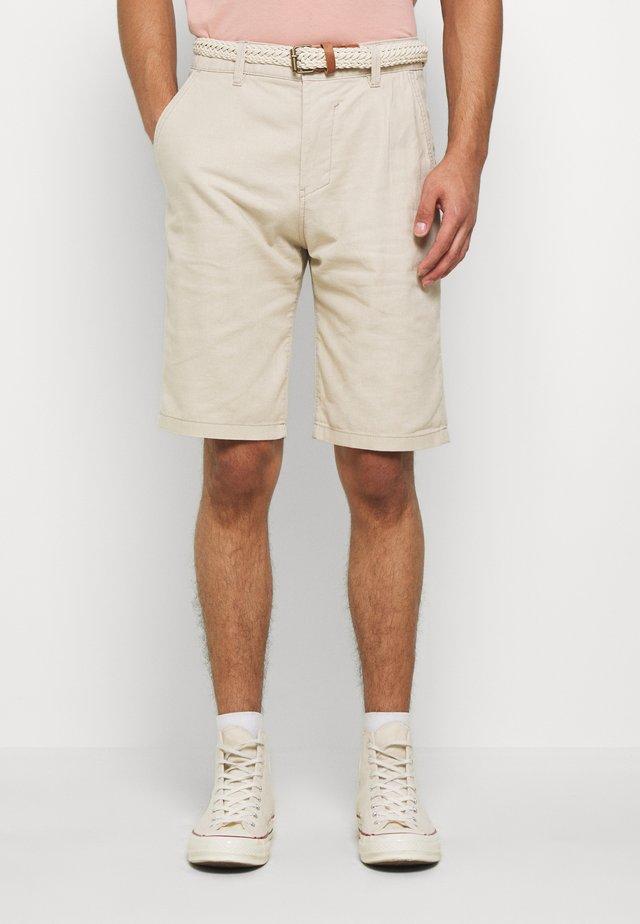 BASIC - Shorts - light beige
