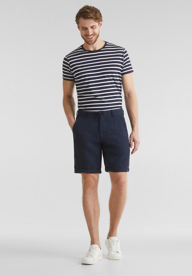 MIT KORDELZUG - Shorts - navy