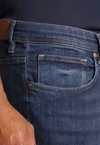 Esprit - BIG - Jeansy Straight Leg - blue medium wash - 5
