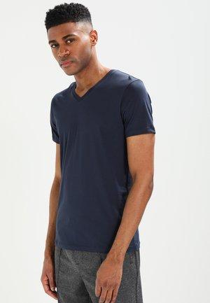 V-NECK - Jednoduché triko - dark blue