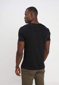 Esprit - NEW ICON - T-shirt print - black - 2
