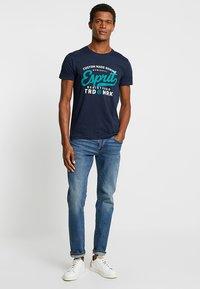Esprit - T-shirt med print - navy - 1