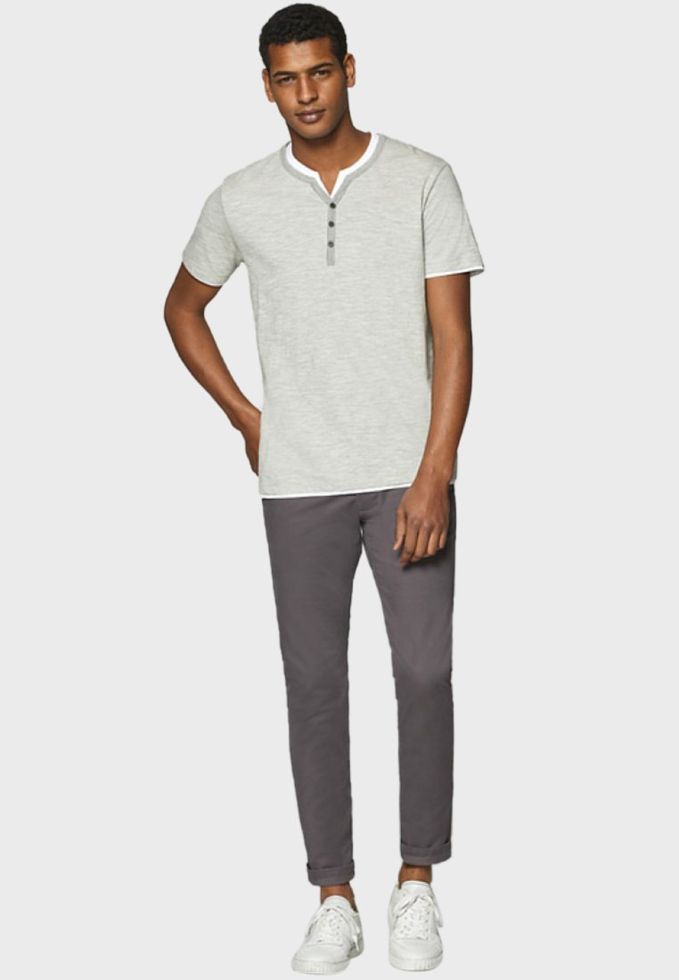 Esprit Basic T-shirt - medium grey