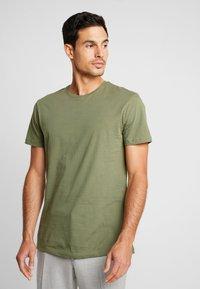 Esprit - 2 PACK - Camiseta básica - khaki green - 1