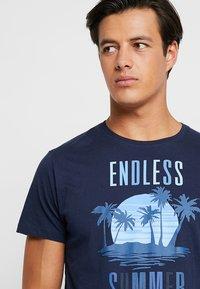 Esprit - FUN - T-shirt con stampa - navy - 3