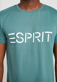 Esprit - ICON 2 PACK - T-shirt print - dusty green - 4
