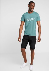 Esprit - ICON 2 PACK - T-shirt print - dusty green - 0