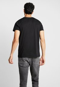 Esprit - BASIC LOGO - T-shirt print - black - 2