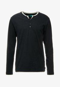 Esprit - 2IN1 PEACH - Bluzka z długim rękawem - black - 4