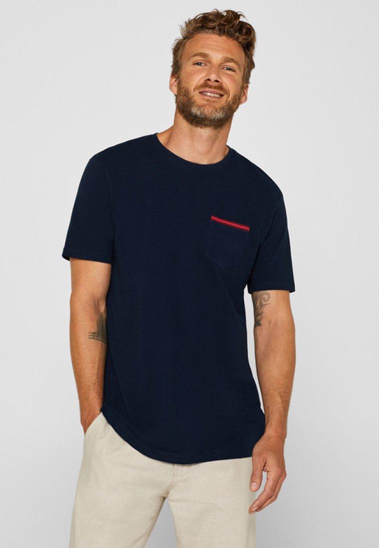 Esprit - MIT BRUSTTASCHE - Basic T-shirt - navy