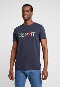 Esprit - LOGO TEE - T-shirt z nadrukiem - navy - 0