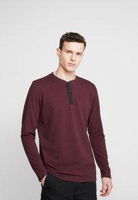 Esprit - Bluzka z długim rękawem - garnet red - 0