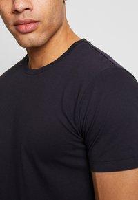 Esprit - 2 PACK - Basic T-shirt - navy - 4