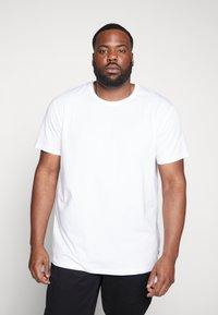Esprit - Camiseta básica - white - 0