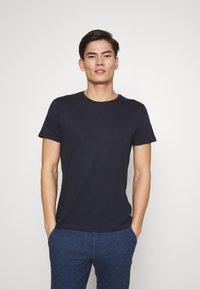 Esprit - 5 PACK - Basic T-shirt - teal blue - 5