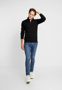 Esprit - COWS - Trui - black - 1