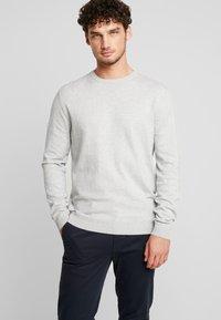 Esprit - Neule - light grey - 0