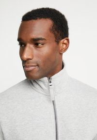 Esprit - BEBA ZIP - veste en sweat zippée - medium grey - 3