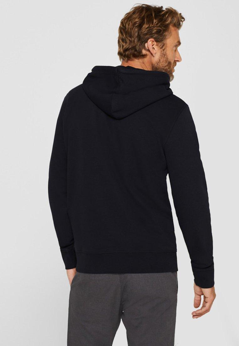 Black Esprit Mit À Logo printSweat Capuche 80PwOkn