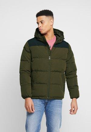 PUFFER - Zimní bunda - khaki green