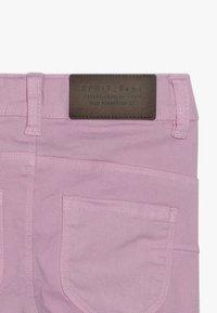 Esprit - PANTS - Džíny Slim Fit - light pink - 4