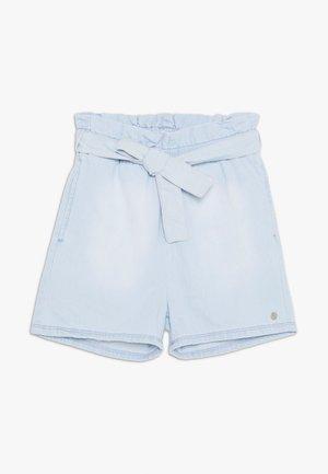 BERMUDA - Short en jean - bleached denim