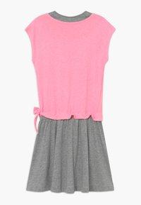 Esprit - Žerzejové šaty - neon pink - 1