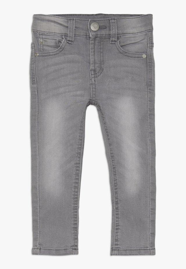 PANTS - Vaqueros slim fit - mid grey denim