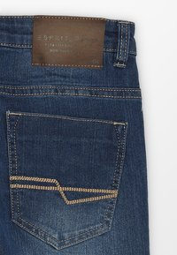 Esprit - PANTS - Jeans Slim Fit - medium wash denim - 2
