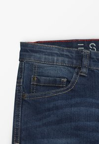 Esprit - PANTS - Jeans Slim Fit - medium wash denim - 4