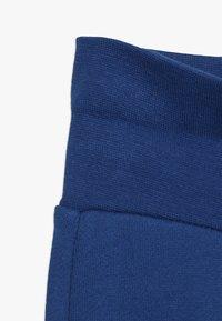 Esprit - PANTS BABY - Pantalones - indigo - 2