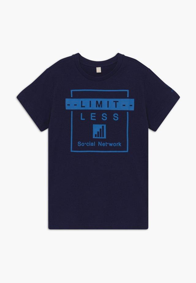 TEE-SHIRT - Print T-shirt - night blue
