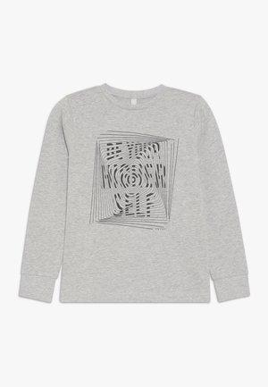 Sweater - heather silver