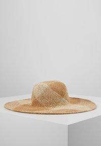 Esprit - PATTLARGBRIMHAT - Hatt - beige - 0