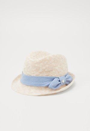 TRILBY - Hatt - sand